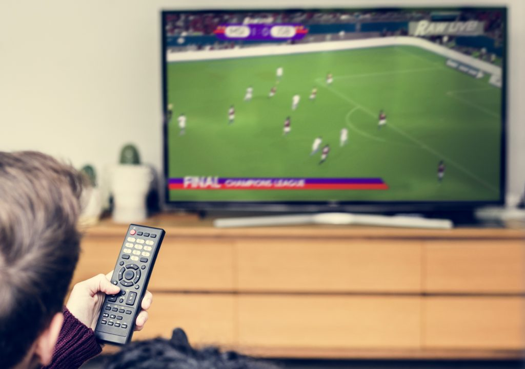 https://elements.envato.com/couple-watching-a-football-game-on-tv-PLUWF95Sky box frozen on initialising